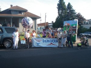 Oregon Trail Democrats Float in the 2010 Sandy Parade 004