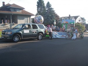 Oregon Trail Democrats Float in the 2010 Sandy Parade 006